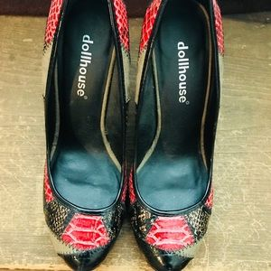 Dollhouse Shoes - DOLLHOUSE red and black patchwork heels